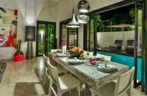 The Residence Seminyak - Villa Amala - Dining room view to pool