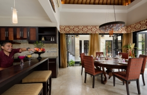 The Residence Seminyak - Villa Amman - Kitchen & Dining