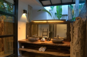 The Residence Seminyak - Villa Senang - Bathroom two