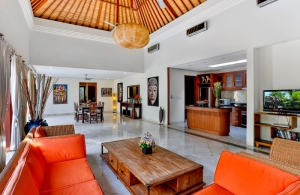 The Residence Seminyak - Villa Shanti - Living room
