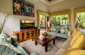 The Residence Seminyak - Villa Siam - Living area